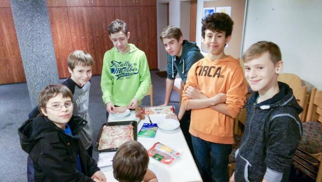 Jugendgruppe Outlook @ GemeindeCentrum Hackenberg | Bergneustadt | Nordrhein-Westfalen | Deutschland