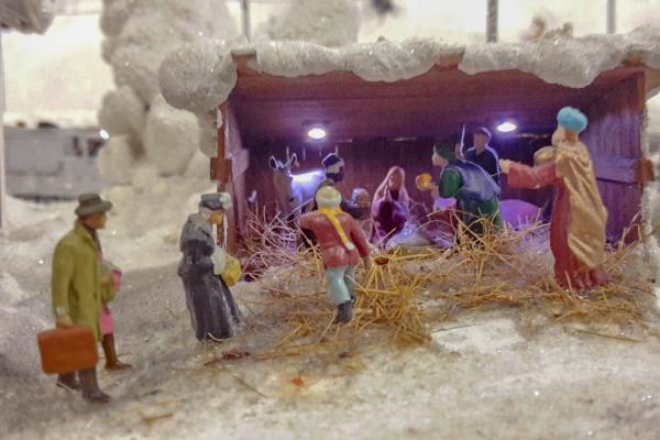 Im Glanz des Weihnachtsmorgens: Christmette mit anschließendem Frühstück
