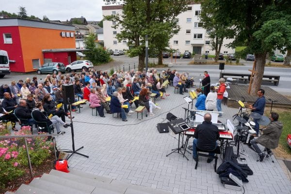 Open Air Gottesdienst am GemeindeCentrum Hackenberg am 14.Juli 2019